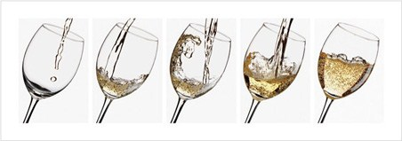 lgppr67032vin-blanc-pouring-white-wine-art-print